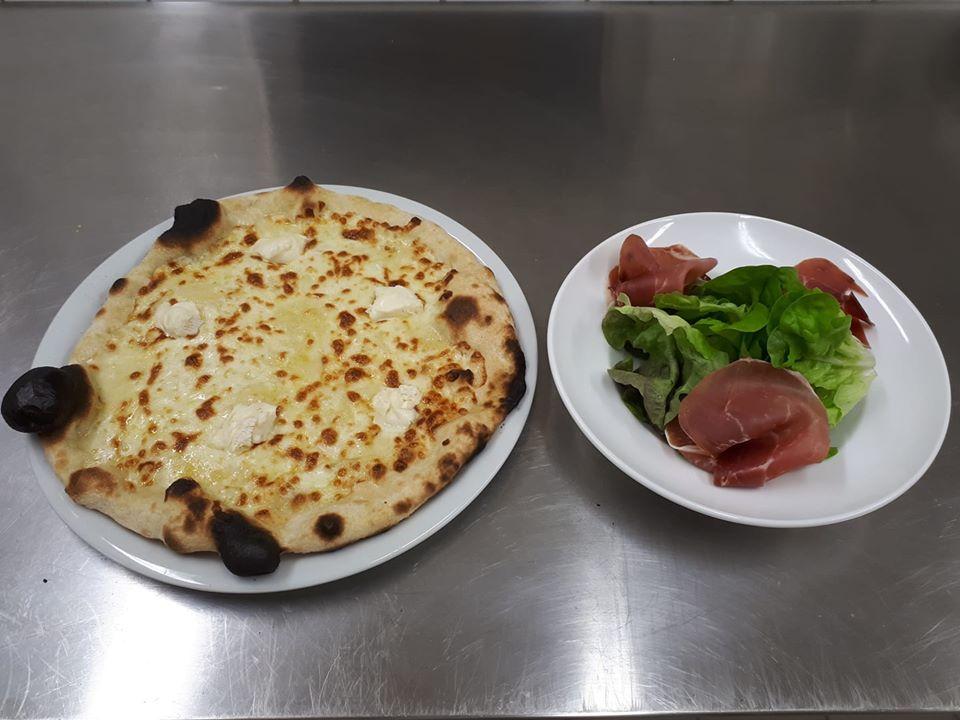 Combo: Pizza et salade