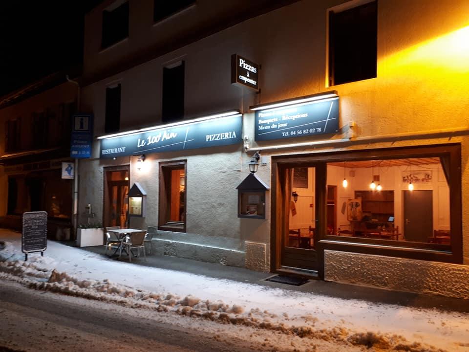 Restaurant dans la neige